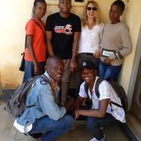 Mit den Studenten vor dem Institute of Technology